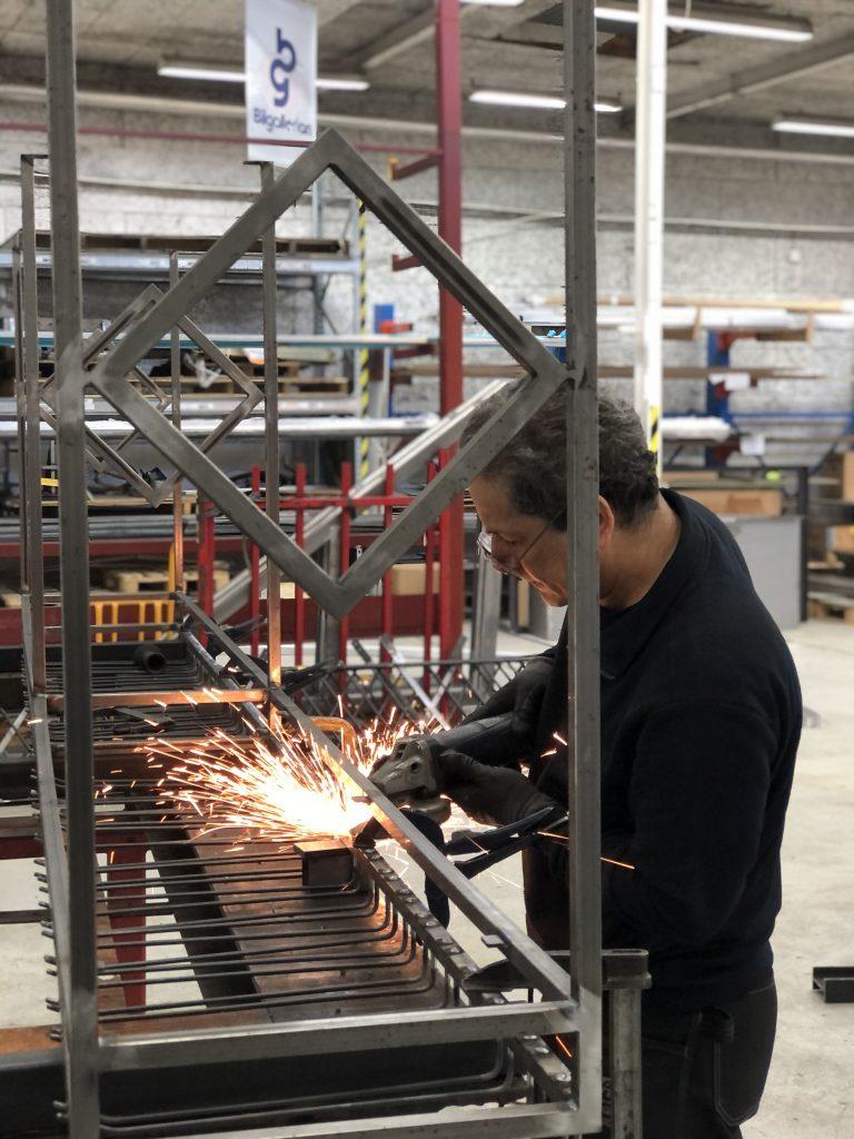 Tillverkning vinställ